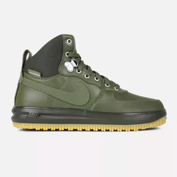 3f308af32c2d NWT Nike Lunar Force 1 Sneakerboot GS